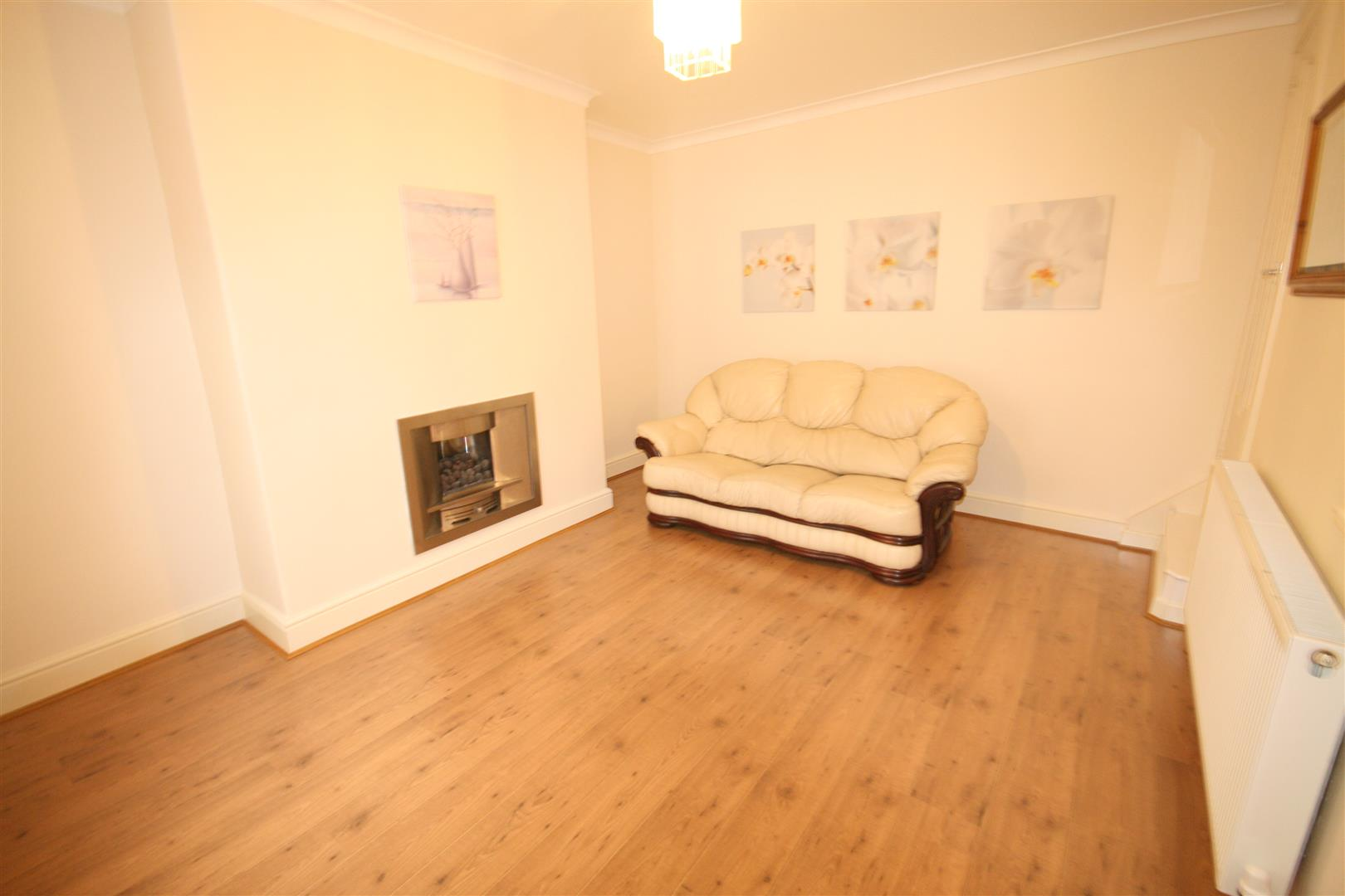 1 bedroom cottage To Let in Barnoldswick - Property photograph